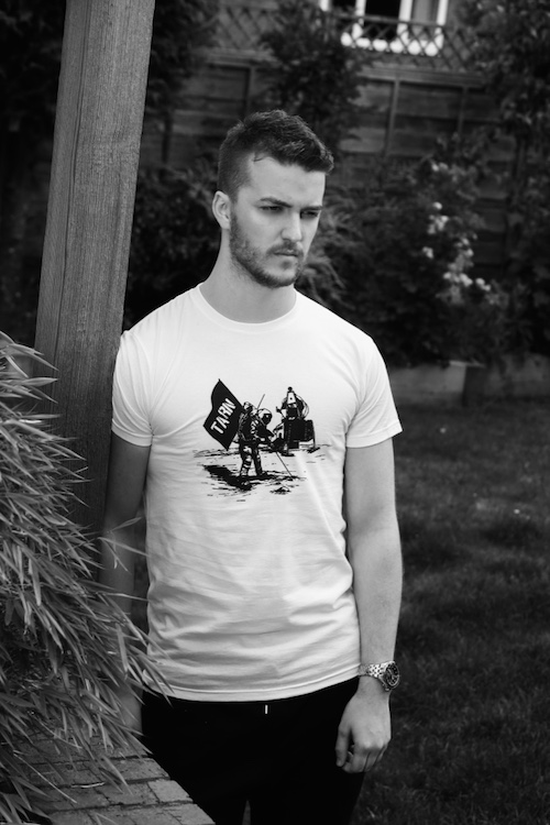 Tarn moon landing t-shirt (M)